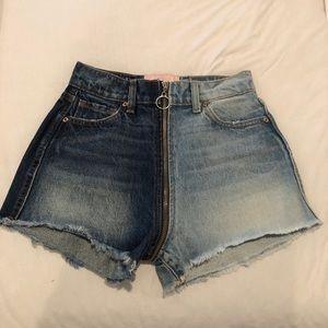 NEW ying yang revice denim shorts